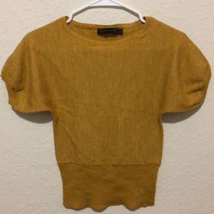 Outback Red yellow/orange shirt